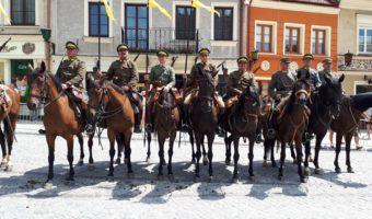 Sandomierz: Obchody 11 listopada w historycznej oprawie.